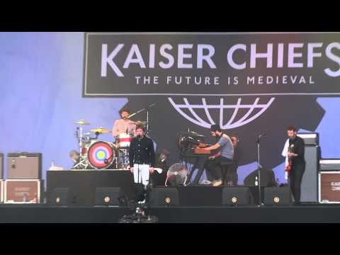 Kaiser Chiefs - Long way from celebrating (live @ Pinkpop Festival 130611).MTS