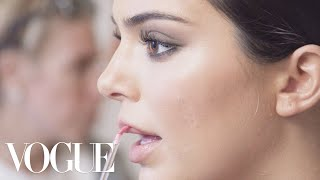 Kendall Jenner Gets Ready for the 2018 Met Gala | Vogue - Video Youtube