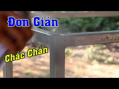 Khi Thợ Hàn trẻ làm cái bàn sắt mặt gỗ Cao su ghép