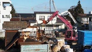 はたらくくるま|ショベルカー で民家を解体 Demolition Excavator Power Shovel