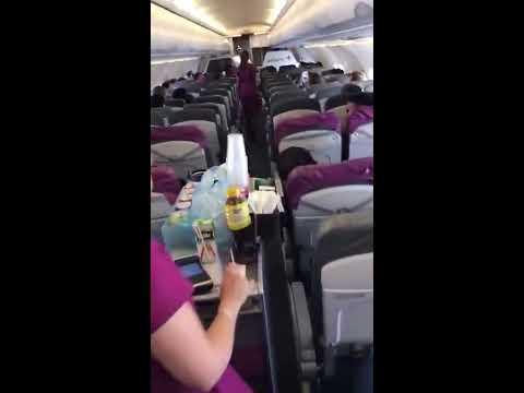 Quello che è successo su questo aereo in volo è davvero incredibile!