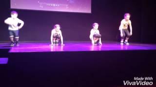 Я на сцене)))