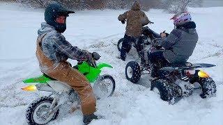 DRIFT QUAD VS PIT BIKE ILLEGAL SNOW SHENANIGANS - WIDE OPEN SNOW DRIFTING
