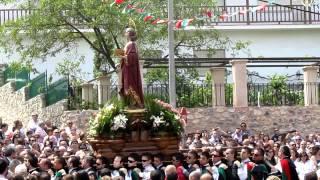 preview picture of video 'Fin de la Procesión de San Juan Evangelista en Huete -Cuenca- 2012 y Saeta 1/2'