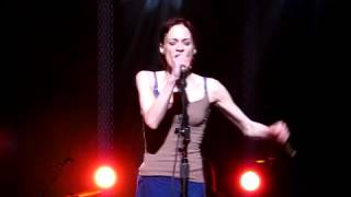 Fiona Apple, Carrion, Live performance at Wang Theater, Boston