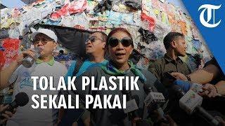 Susi Pudjiastuti Kampanye Tolak Plastik Sekali Pakai: Pembuang Sampah di Laut, Tenggelamkan!