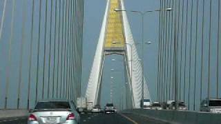 preview picture of video 'Thailand Expressway Bridge'