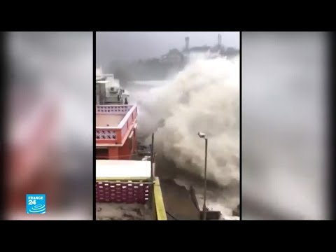 العرب اليوم - شاهد : مشاهد مرعبة من الإعصار القوي الذي اجتاح الفلبين