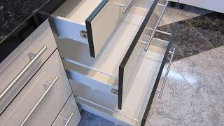 Установка Доводчиков Blum BLUMOTION на кухне, на выдвижные ящики  METABOX. Хорошая кухня.