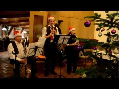 Video: Weihnachtsfeier 2012 - Es wird scho glei dumpa