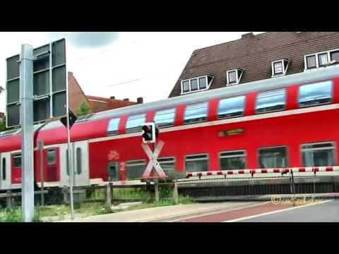 Personenzug Regionalbahn Zug Deutsche Bahn Railway Railroad local passenger train Emden Germany