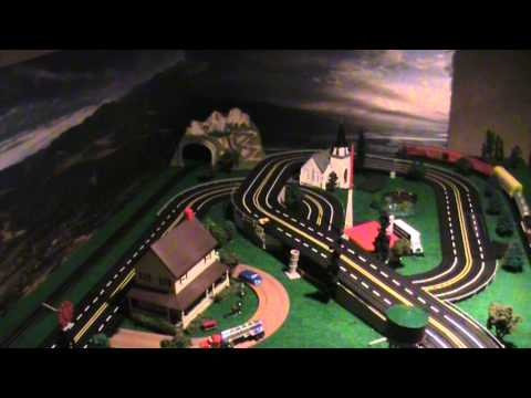 AFX Tyco Aurora Ideal Auto World slot car track Ho layout with trains lighted cars and trucks