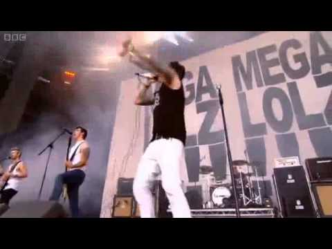 Rooftops - Lostprophets Live at Reading Festival 2010