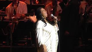 Aretha Franklin - Don't Play That Song live 07/27/2011 Nikon at Jones Beach Wantagh, NY (HD 1080)