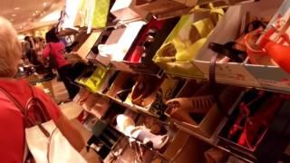 """США. Обувь в день распродаж в магазине """"Dillard"""