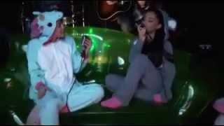 Ariana Grande & Miley Cyrus - Alta Marea di Antonello Venditti