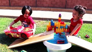 Learn Colors with Kids Playing - Tayo PJ Masks Cars toys jumping water ramp bridge