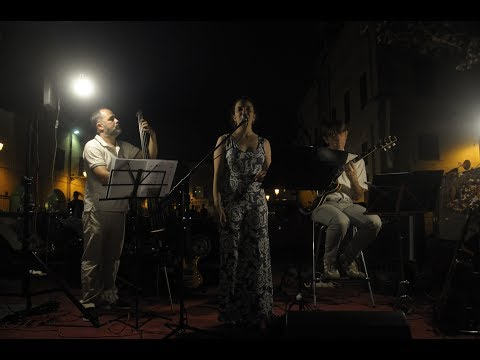 Four Seasons Trio Atmosfere jazzate e retro' Bologna musiqua.it