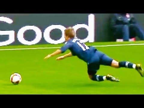 Pády ve fotbale - Ozzy Man