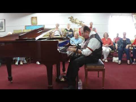 "Radeck plays ""Handful of Keys""-Fats Waller"