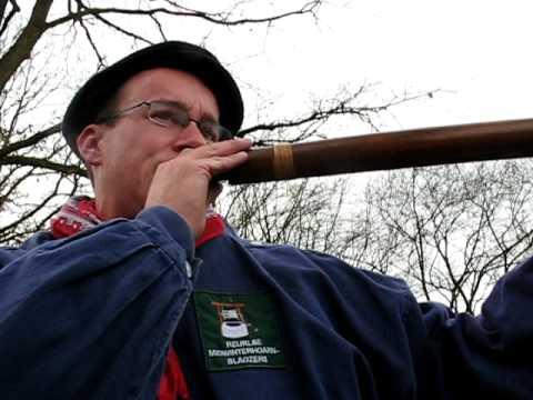 Cursus 'midwinterhoorn' bouwen en bespelen in tien lessen in De Meerpaal