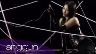 Anggun - A crime (Official Video)