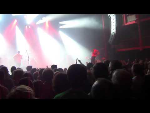 Kaiser Chiefs - I Predict A Riot  live @ Ancienne Belgique 07-11-2011