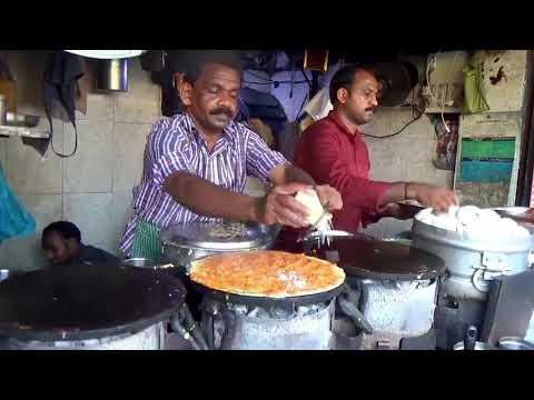 Уличная еда. Экзотические блюда. Мумбай. Индия.