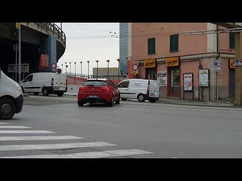 Chiusa la rampa di accesso alla Sopraelevata, caos a Sampierdarena