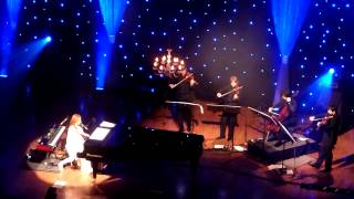 Tori Amos - Girl Disappearing (The Orpheum Theatre, Los Angeles CA 12/18/11)