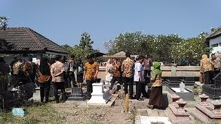Rombongan Pemkot Solo Ziarah ke Makam Plt Wali Kota Budi Suharto