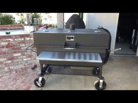 Yoder Smokers Adjustable Charcoal Grill