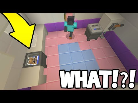 TROLLING AS SMALL SKIN IN HIDE AND SEEK! (Minecraft Xbox)
