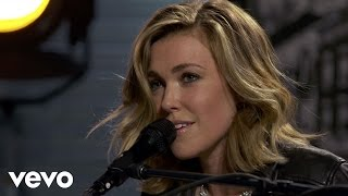 Rachel Platten - Fight Song - Vevo dscvr (Live)