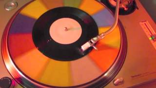 """Tame Impala - """"Beverly Laurel"""" (Lonerism Deluxe 7"""")"""