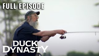 Duck Dynasty: Fishful Thinking - Full Episode (S11, E8) | Duck Dynasty