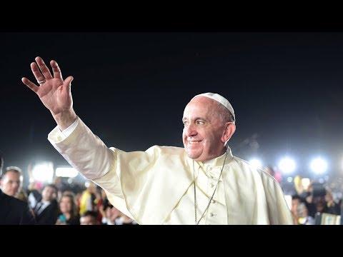 Papa Francisco invita a los jóvenes cristianos a rezar en línea usando una app