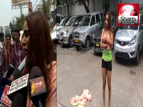 Telugu actress Sri Reddy Removes Clothes In Front Of Media || semi-nude protest, detained