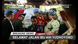 Duka Iringi Pemindahan Jenazah Ani Yudhoyono Ke Pendopo Cikeas