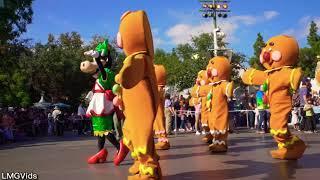 2017 NEW* A Christmas Fantasy Parade at Disneyland Park - Christmas Time Parade First day