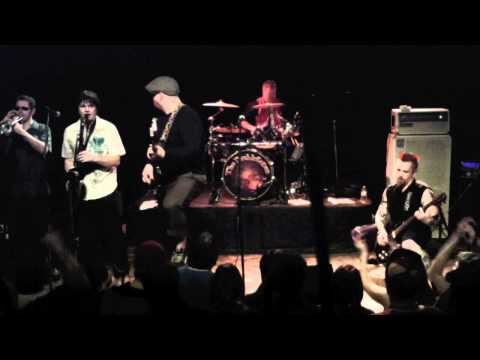 "The Diablotones play ""Russian Folk Song"" at Studio 7 on 2-7-11"