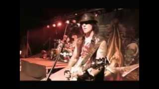 [Live @ San Diego 2005] Avenged Sevenfold - Burn It Down [HQ]