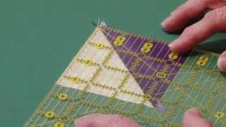 Tutorial #1 - Half Square Triangles