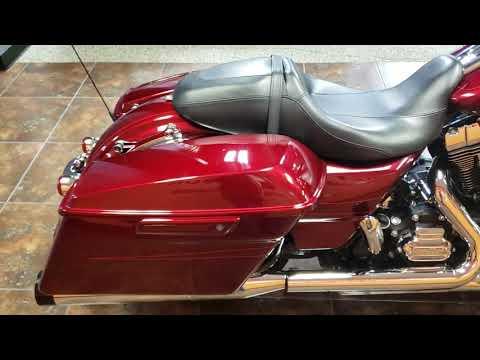 2016 Harley-Davidson Street Glide® Special in Delano, Minnesota - Video 1