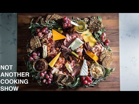 how to build a BEAUTIFUL CHEESE BOARD