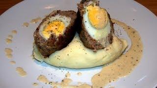 Jajka pieczone z mięsem w sosie musztardowym