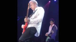 Mark knopfler - So Far Away excellent live version