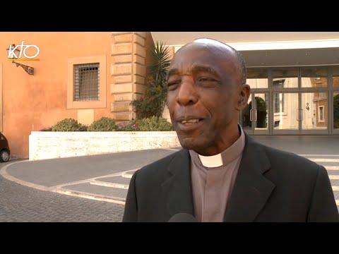 Mgr Portella Mbuyu : Le meilleur pour un couple c'est d'aller jusqu'au bout