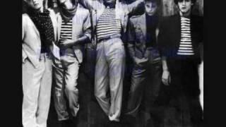 Duran Duran-too late Marlene Lyrics