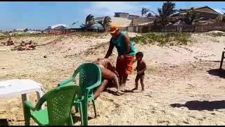 Briga na praia de aracaju/SE